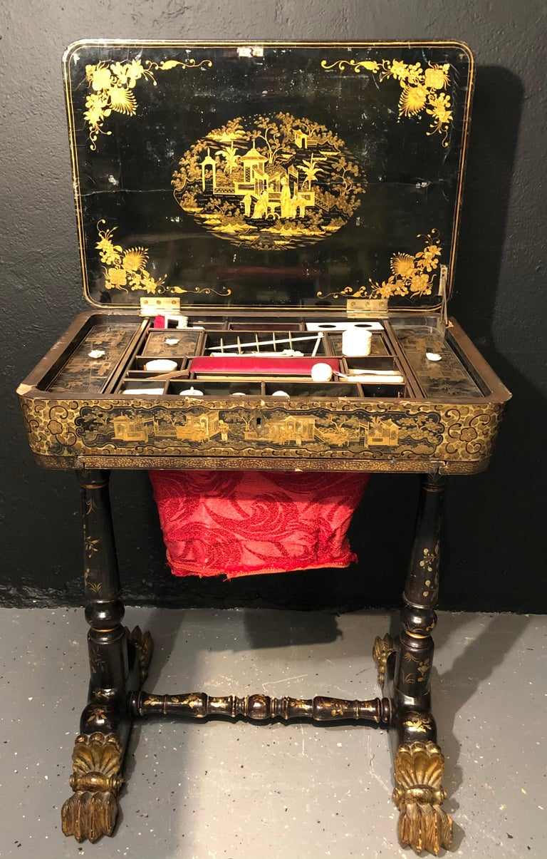Hand-Painted 19th Century Regency Chinoiserie Decorated Sewing Stand with Elaborate Detail For Sale