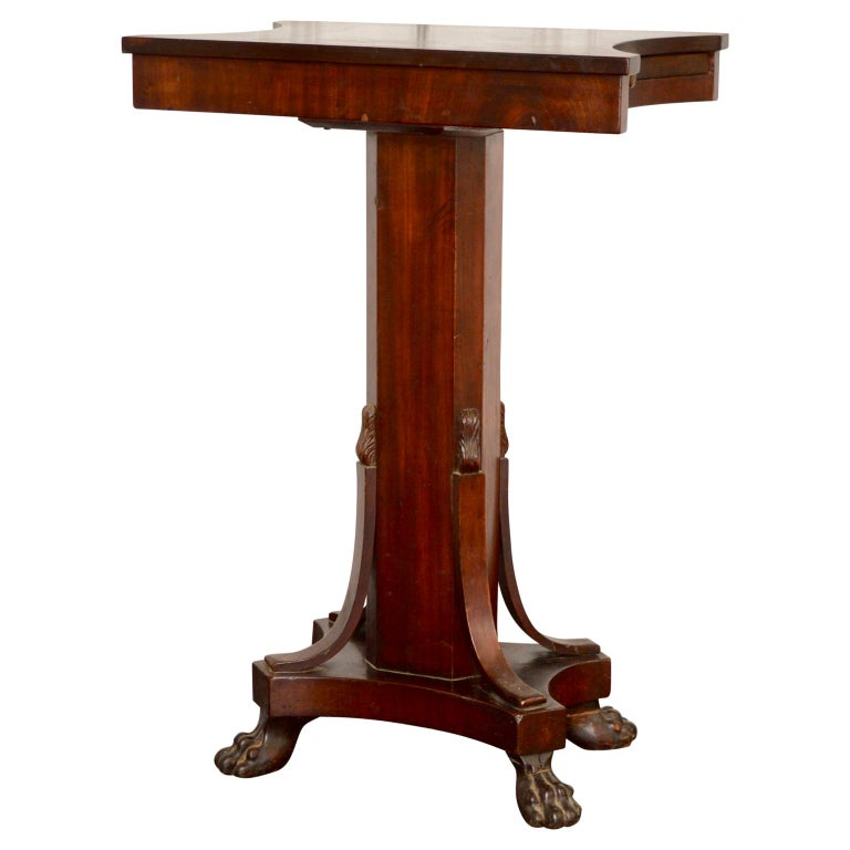 19th Century Regency Tea or Tobacco Table with Lion-feet and Brass Lined Drawer 2