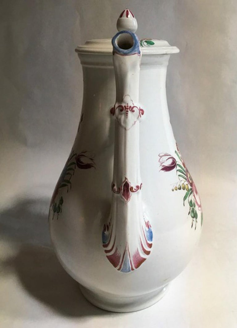 Baroque 19th Century Richard Ginori Porcelain Coffee Pot with Tulip and Flowers Decor For Sale