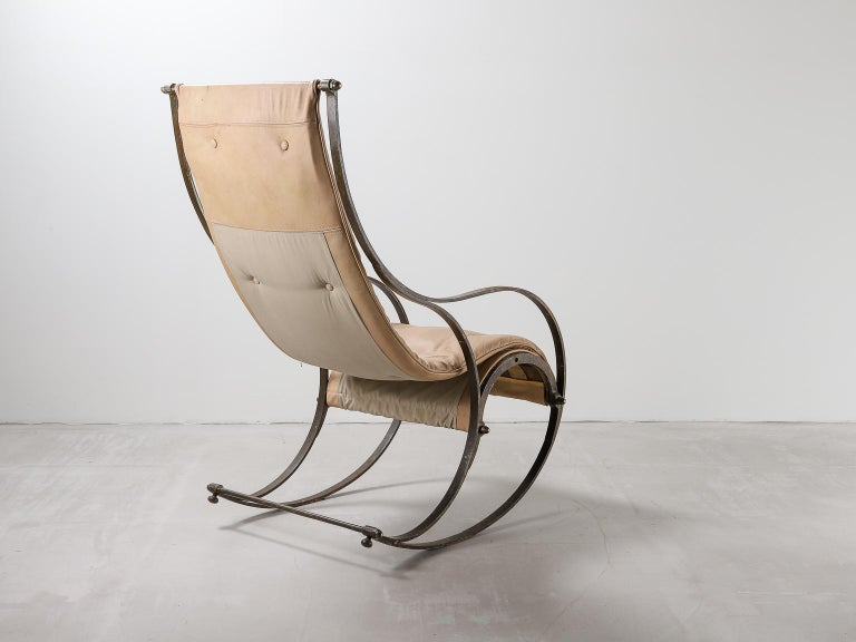 English 19th Century Rocking Chair For Sale