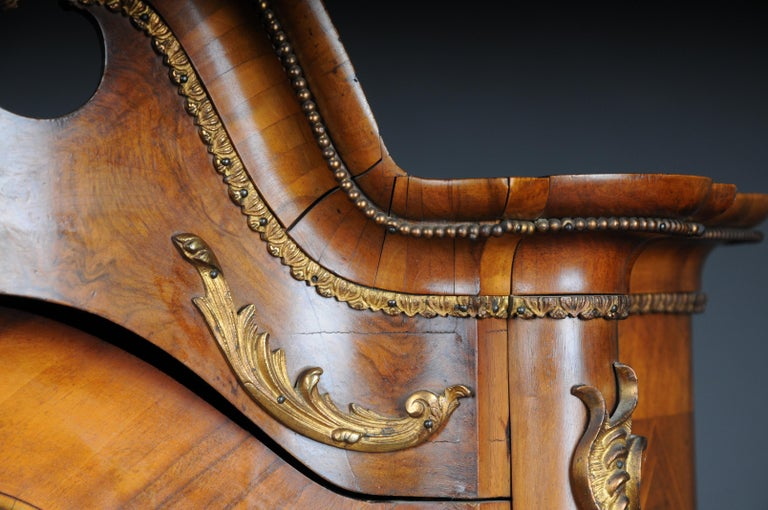 19th Century Rococo Top Cabinet Walnut Root, Germany For Sale 2