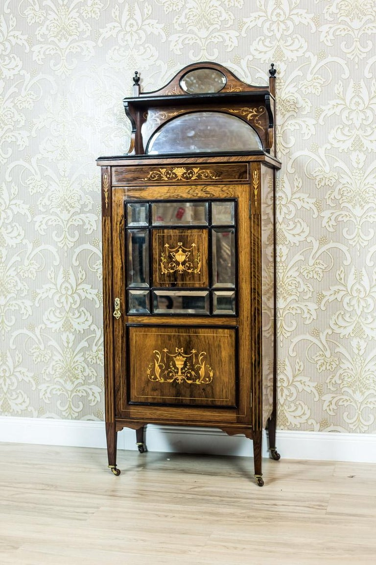 British 19th Century Rosewood Cabinet with Intarsias For Sale