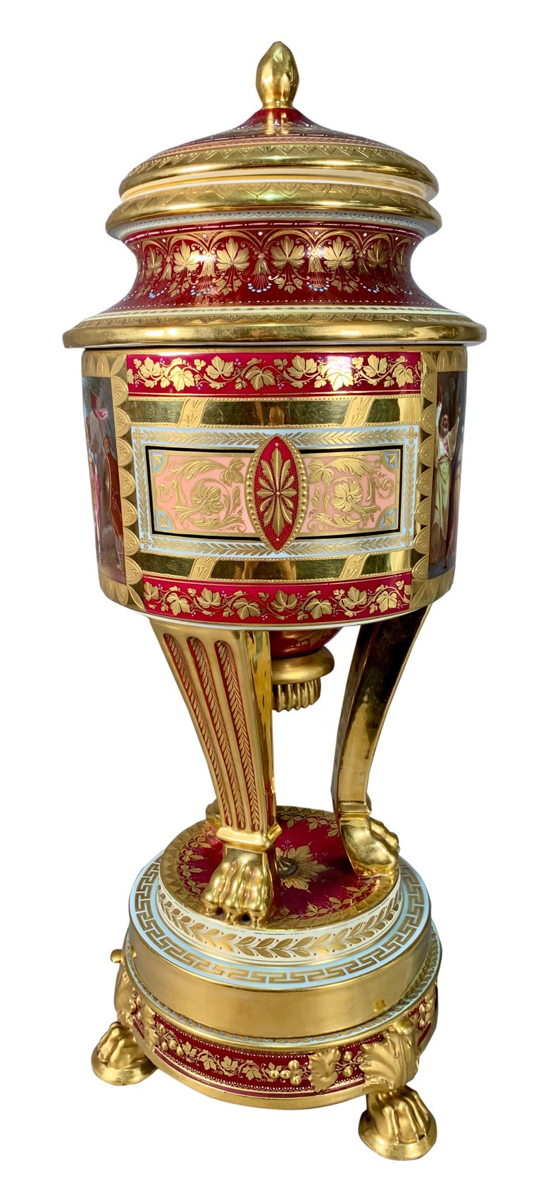 19th Century Royal Vienna Porcelain Urn / Vase In Excellent Condition For Sale In Los Angeles, CA