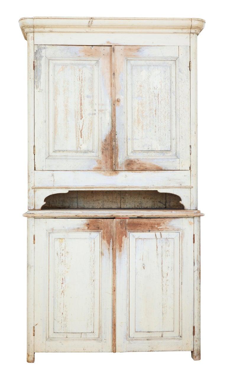 19th Century Rustic Swedish Painted Pine Cupboard 2