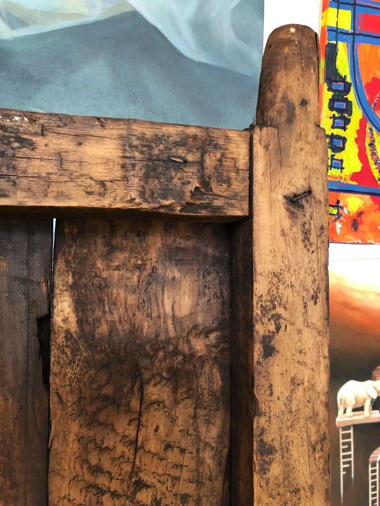 19th Century Sabino Wood Door Found in Western México In Distressed Condition For Sale In Guadalajra, MX