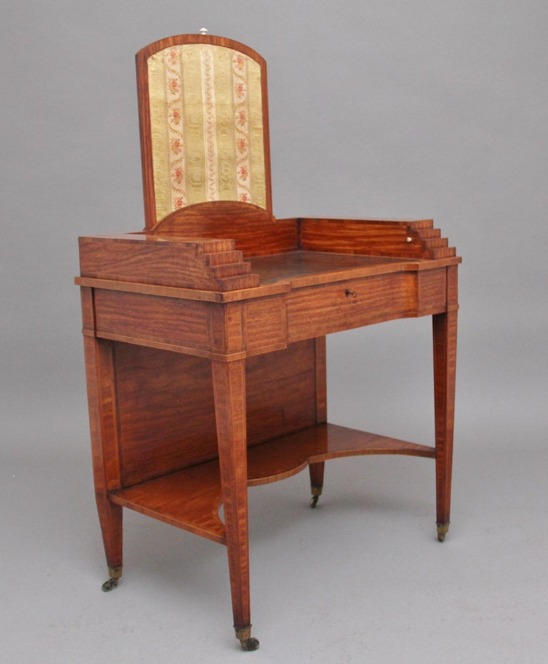 Late 19th Century 19th Century Satinwood Ladies Writing Table For Sale