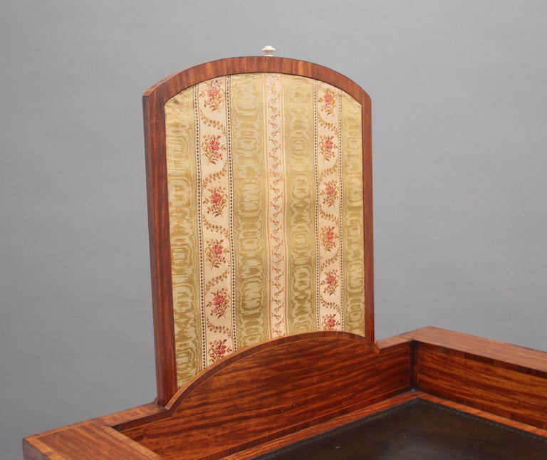 19th Century Satinwood Ladies Writing Table For Sale 1