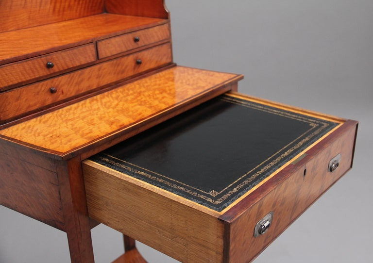 19th Century Satinwood Ladies Writing Table in the Sheraton Style For Sale 4