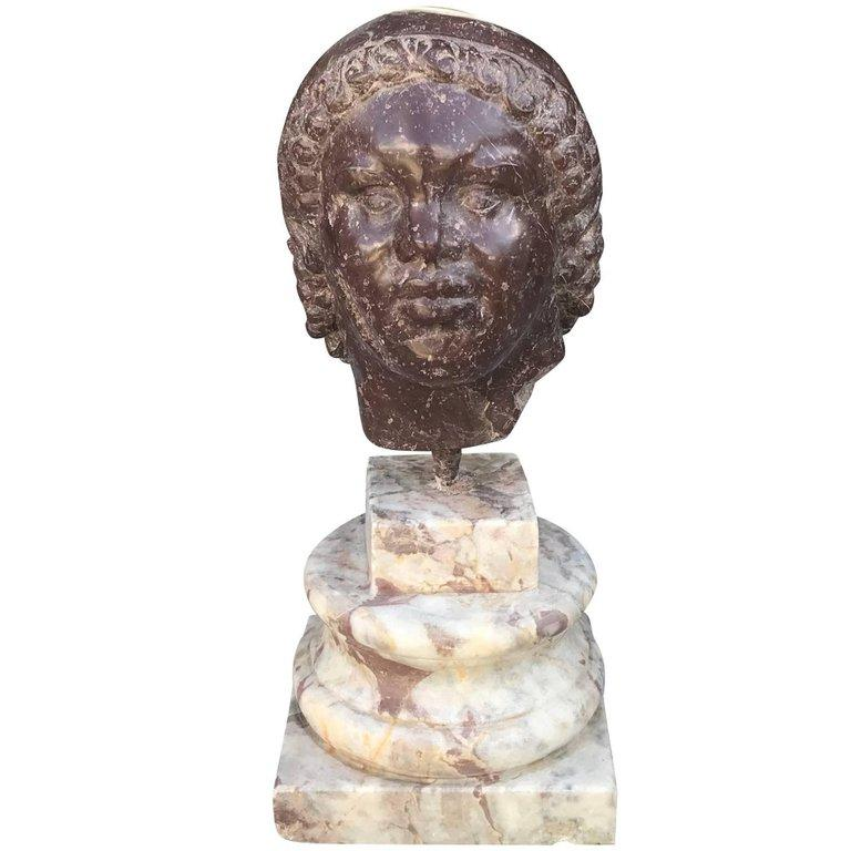 19th Century Sculptured Head in Marble In Good Condition For Sale In West Palm Beach, FL
