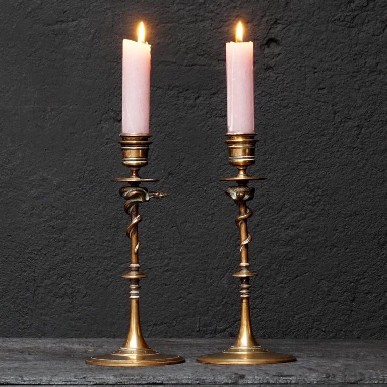 19th Century Set of French Ferdinand Barbedienne Bronze Snake Candlesticks In Excellent Condition For Sale In Haarlem, NL