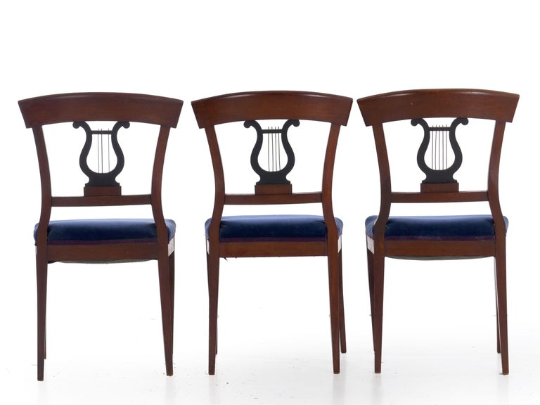 19th Century Set of Six Biedermeier Style Antique Dining Chairs In Good Condition For Sale In Shippensburg, PA
