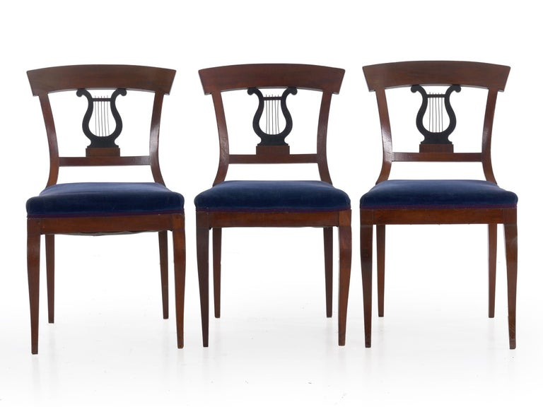 19th Century Set of Six Biedermeier Style Antique Dining Chairs For Sale 1