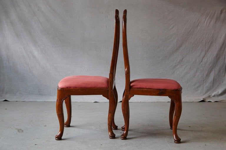 19th Century Set of Six Louis XIV French Country Style Carved Walnut Chairs For Sale 4