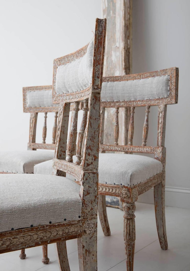 19th Century Set of Six Swedish Gustavian Period Chairs in Original Paint For Sale 1