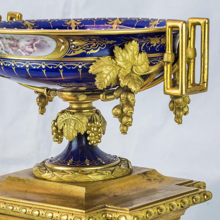 19th Century Sèvres Style Ormolu and Cobalt-Blue Painted Porcelain Clockset In Good Condition For Sale In New York, NY