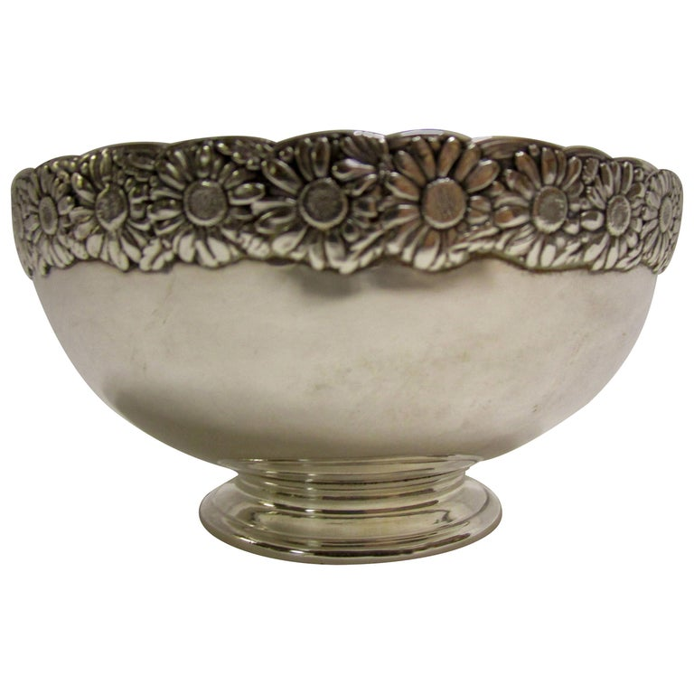 19th Century Signed Tiffany Vine Pattern Sterling Silver Bowl For Sale