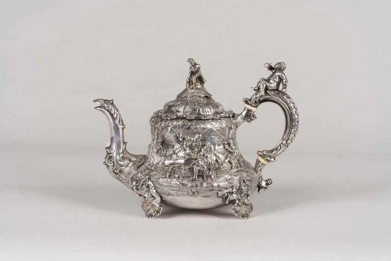 19th Century Silver Tea & Coffee Service Made by Joseph Angell In Good Condition For Sale In London, GB