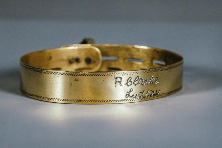19th Century Small Brass Dog Collar with Original Padlock and Key For Sale 4