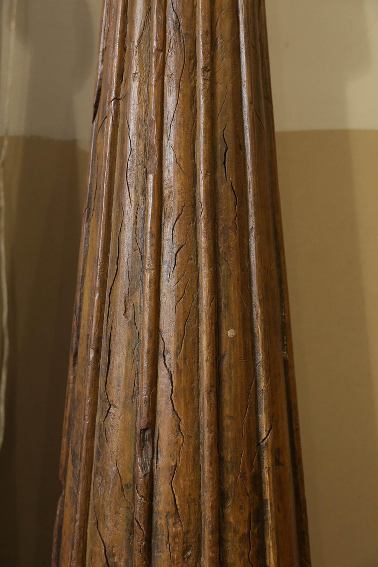 19th Century Solid Teak Wood Indoor Shaped Columns from Chettinad in South India For Sale 1