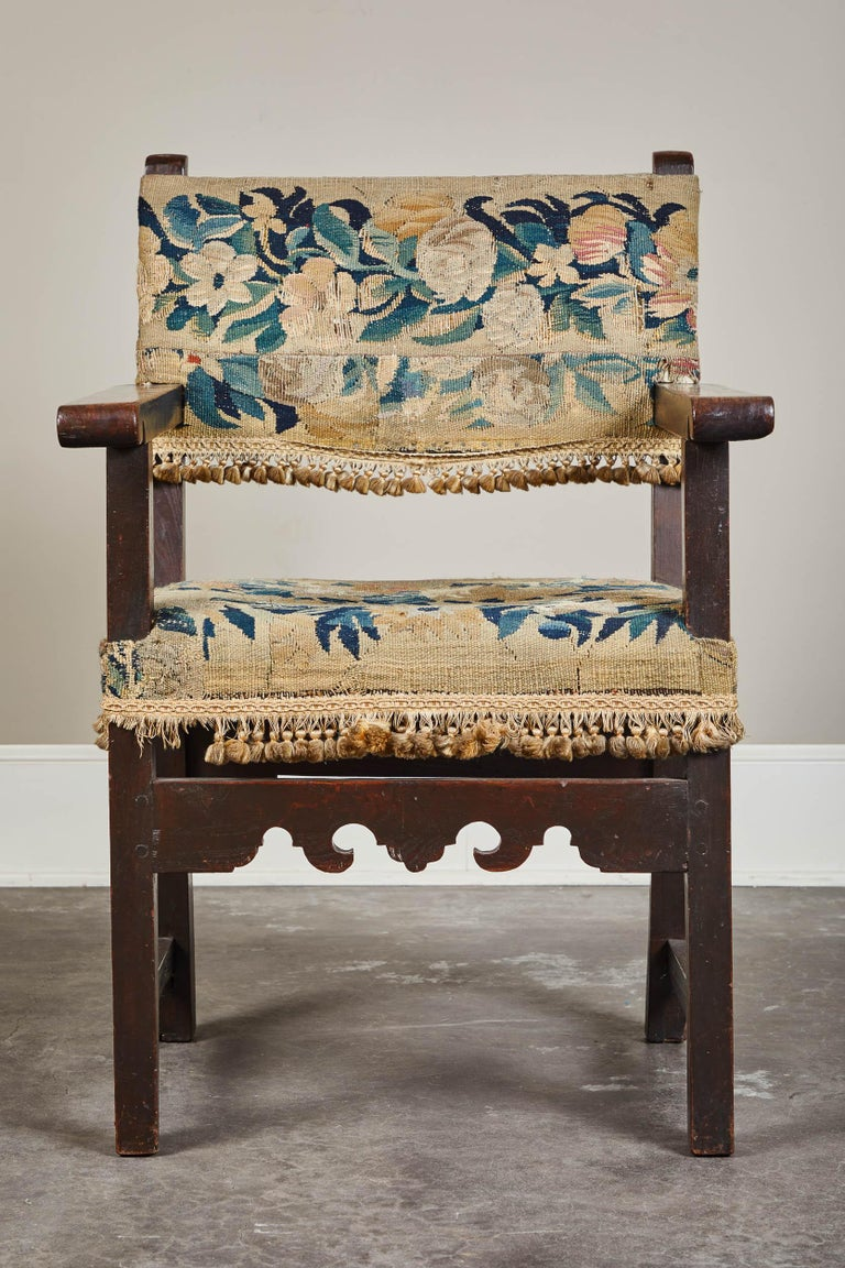 19th Century Spanish Walnut Chair with Embroidered Upholstery In Good Condition For Sale In South Pasadena, CA