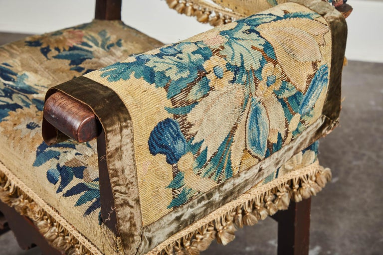 19th Century Spanish Walnut Chair with Embroidered Upholstery For Sale 1