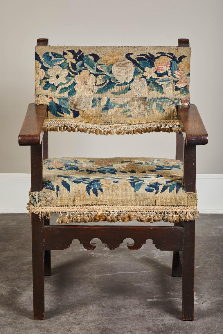 19th Century Spanish Walnut Chair with Embroidered Upholstery For Sale 2