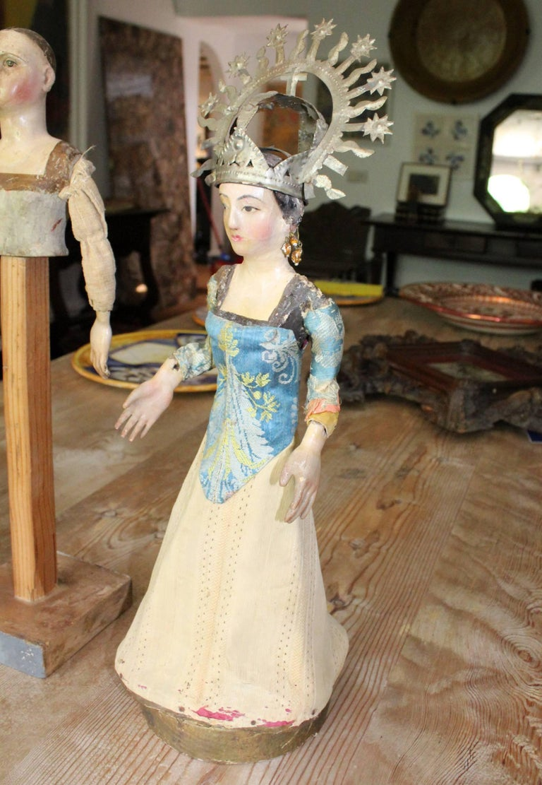Polychromed 19th Century Spanish Wooden Polychrome Virgin Sculpture with Original Clothing For Sale