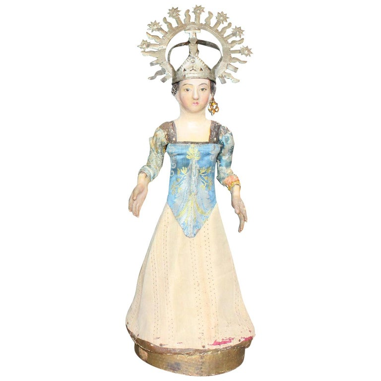 19th Century Spanish Wooden Polychrome Virgin Sculpture with Original Clothing For Sale