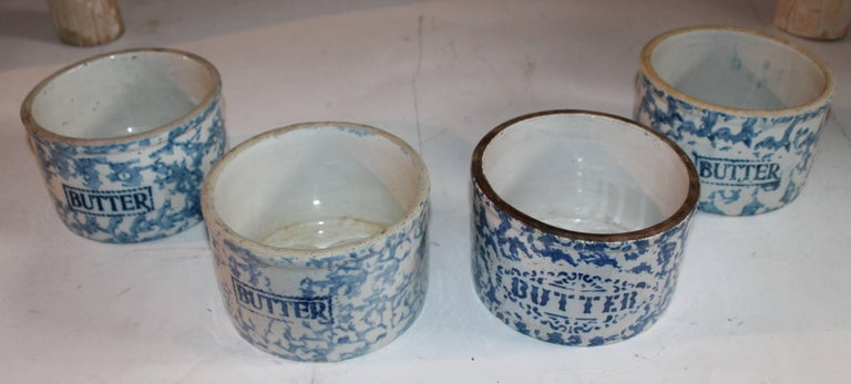 American 19th Century Sponge Ware Butter Crocks / Collection of Four For Sale