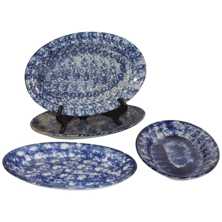 19th Century Sponge Ware Serving Platters, 5 For Sale