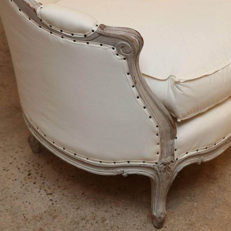 Hand-Carved 19th Century Swedish Canapé Sofa For Sale