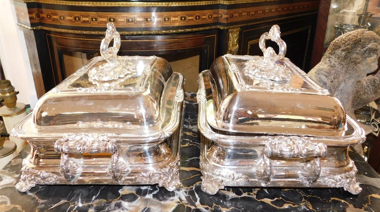 Pair of 19th Century Sheffield Silver Plated Entree Hot Serving Dishes For Sale 8
