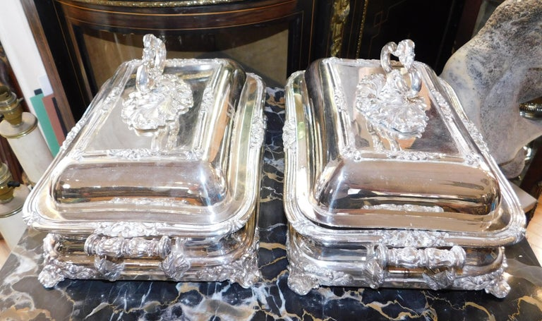 Sheffield Plate Pair of 19th Century Sheffield Silver Plated Entree Hot Serving Dishes For Sale