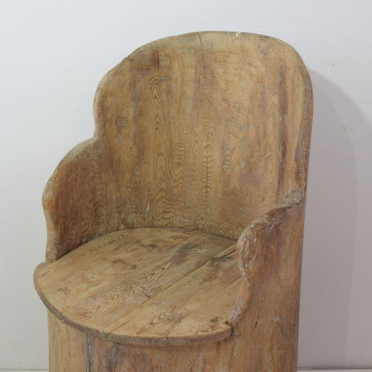 19th Century Swedish Folk Art Dug Out Pine Tree Chair For Sale 5