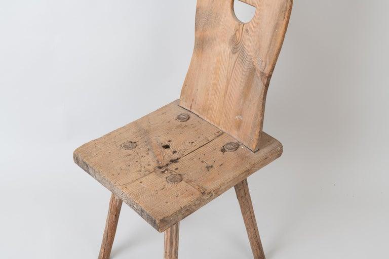 19th Century Swedish Folk Art Rustic Chair For Sale 4