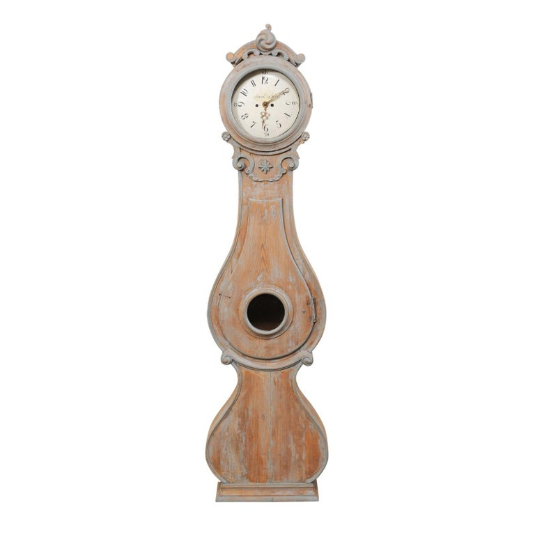 19th Century Swedish Fryksdahl Clock with Nicely Carved Crest and Blue Trim For Sale