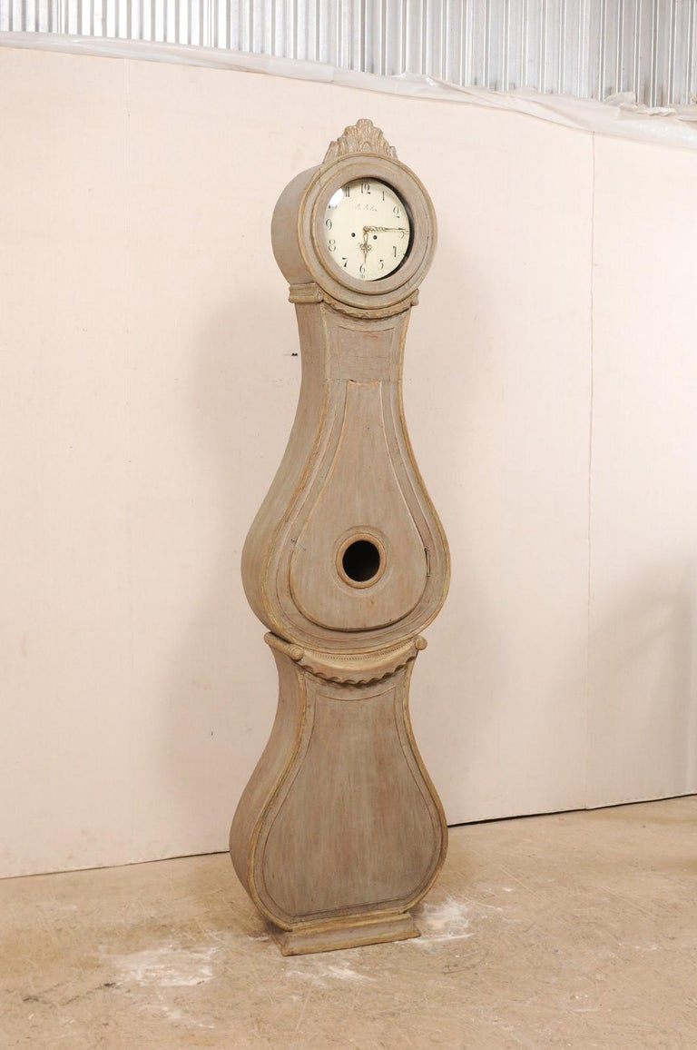 Gustavian 19th Century Swedish Fryksdahl Tall Painted Wood Floor Clock with Carved Crest For Sale