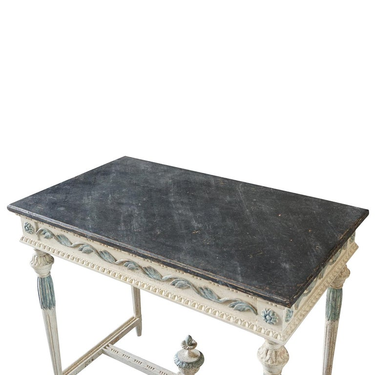19th Century Swedish Gustavian Console Table, Grey Neoclassical Pinewood Table In Good Condition For Sale In West Palm Beach, FL
