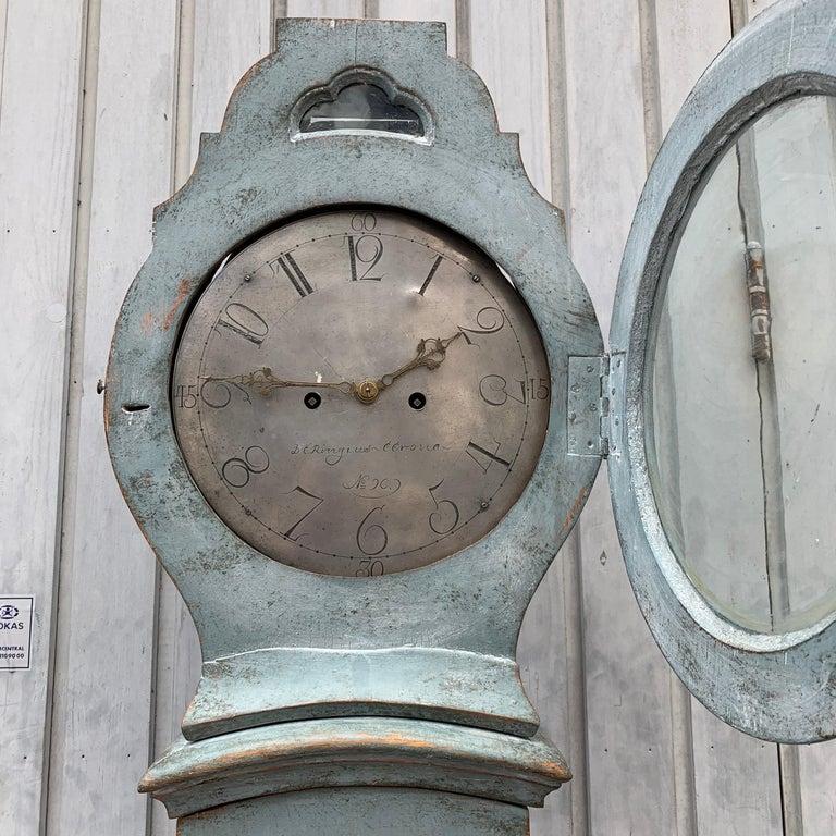 19th Century Swedish Gustavian Style Painted Longcase Mora Clock For Sale 12