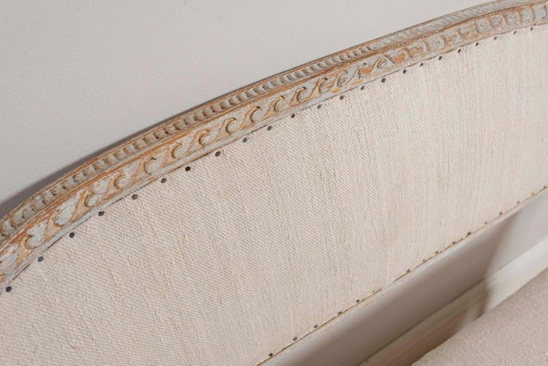 Linen 19th Century Swedish Gustavian Two-Seat Swedish Sofa with Decorative Detail For Sale