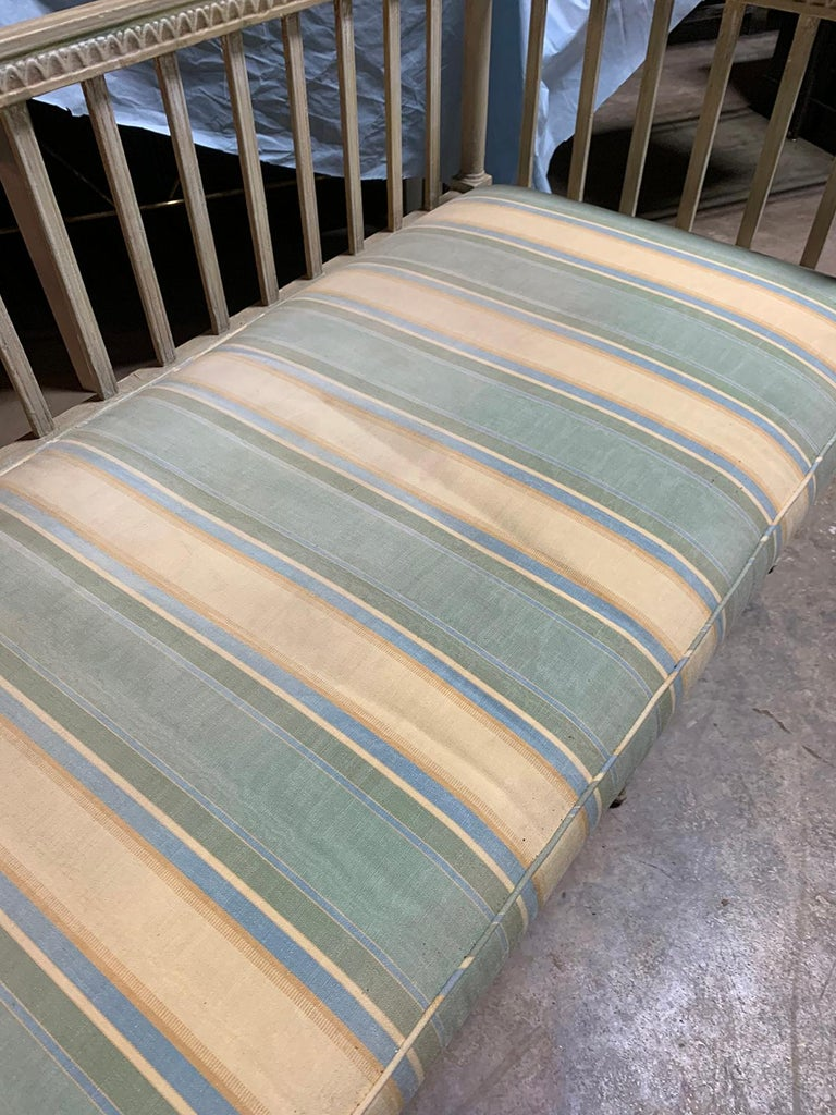 19th Century Swedish Painted Bench / Daybed / Sofa For Sale 5
