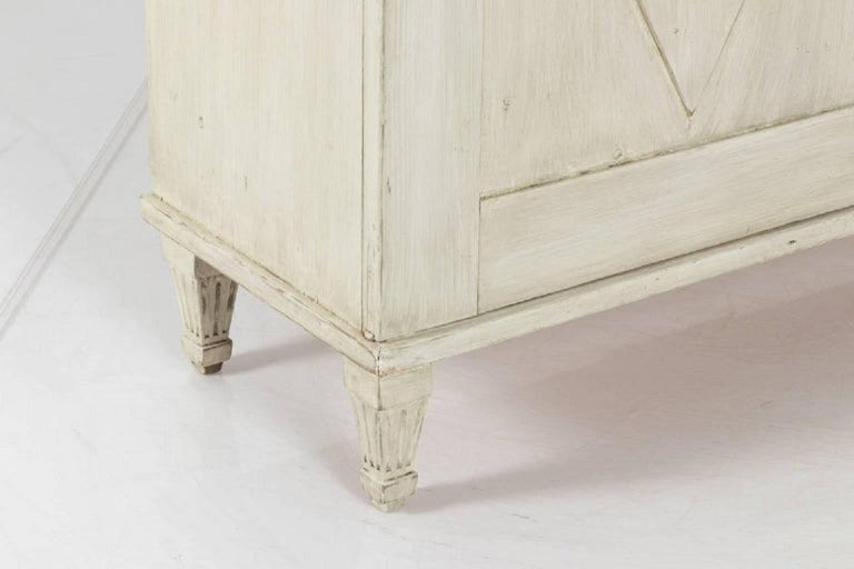19th Century Swedish Painted Buffet Table In Good Condition For Sale In South Salem, NY
