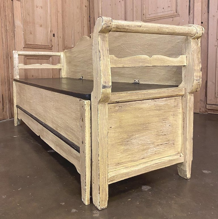 19th Century Swedish Painted Hall Bench, Trundle Bed For Sale 3