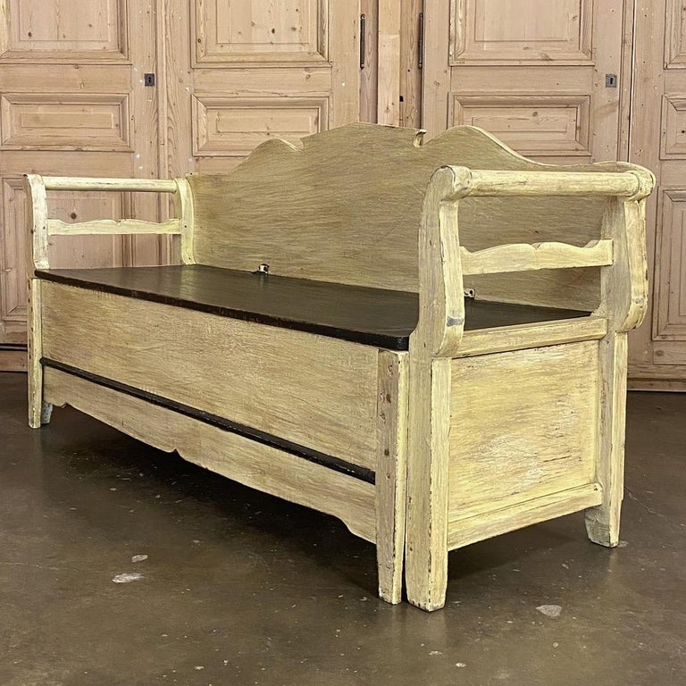 Gustavian 19th Century Swedish Painted Hall Bench, Trundle Bed For Sale