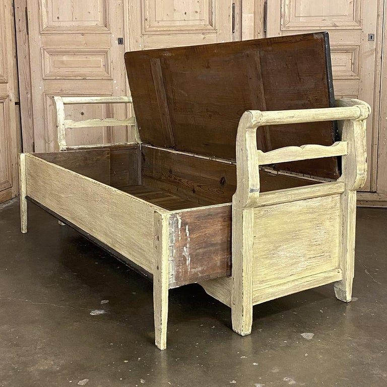 Hand-Painted 19th Century Swedish Painted Hall Bench, Trundle Bed For Sale