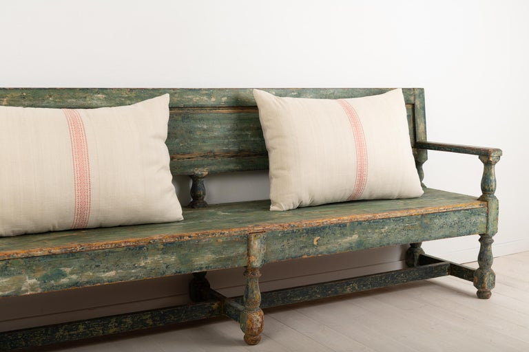 Pine 19th Century Swedish Sofa Bench in Baroque Style For Sale