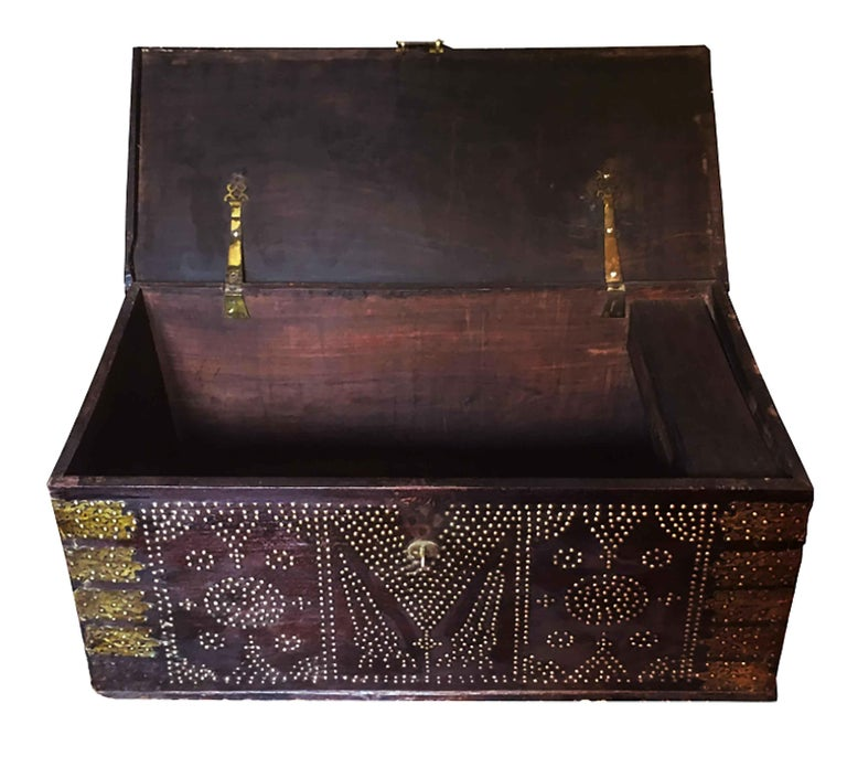 19th Century Teak Brass-Studded Zanzibar Chest For Sale 2