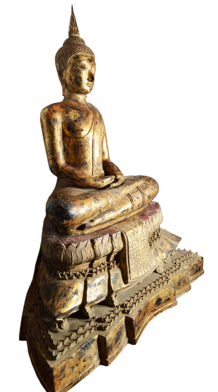 19th Century Thai Gilded Bronze Meditative Seated Buddha Statue on Pedestal For Sale 1