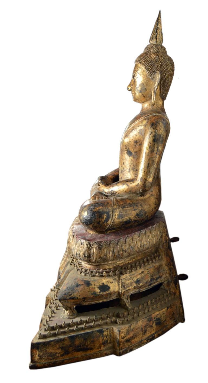 19th Century Thai Gilded Bronze Meditative Seated Buddha Statue on Pedestal For Sale 3