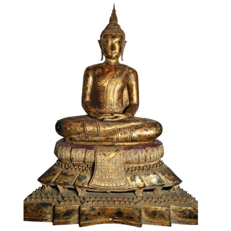 19th Century Thai Gilded Bronze Meditative Seated Buddha Statue on Pedestal For Sale
